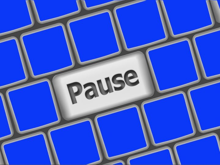 Hold On Happy (HOH); Putting the Pause Button on Negativity Bias